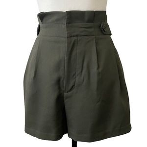 Banana Republic High Waist Pleaded Paperbag Shorts